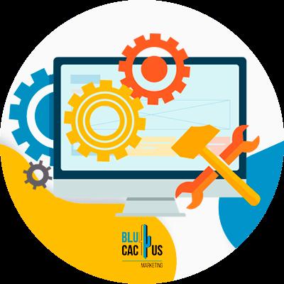 BluCactus - , ¿Qué es el Marketing Digital? - persona trabajando con un dispositivo electronico en sus actividades