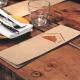 BluCactus el menu de Ofen Haus en la mesa para el Branding de Restaurantes