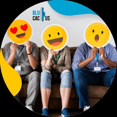 BluCactus - ¿Qué es una Marca? - personas profesionales trabajando juntos