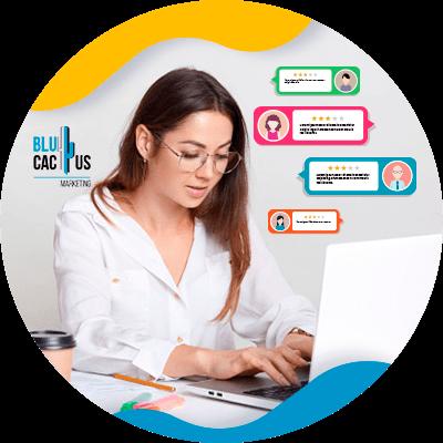 BluCactus - que es un blog - persona trabajando