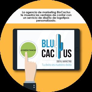 Blucactus-mano con un ipad
