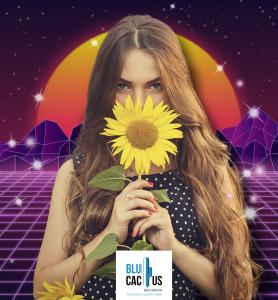 BluCactus - tendencias del diseño gráfico en 2020 - Mujer con un girasol con el efecto desarrollo de técnicas de contraste - mujer sosteniendo un girasol con la técnica de diseño futurista