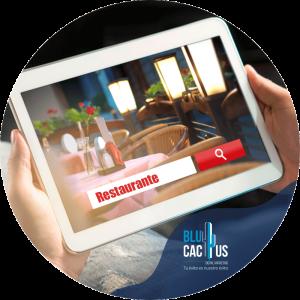 BluCactus - Marketing para restaurantes - ipad con un resturante como busqueda de google