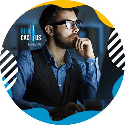 BluCactus - hombre profesional pensando