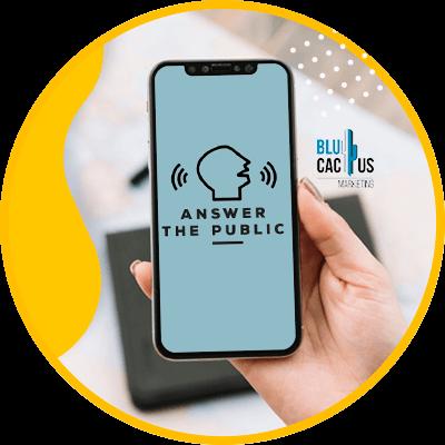 BluCactus - Búsqueda por voz - celular ostrando información importante