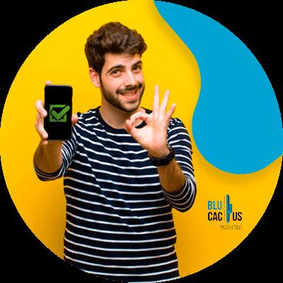 BluCactus -¿En qué consiste el Fast Content? - persona profesional realizando una actividad