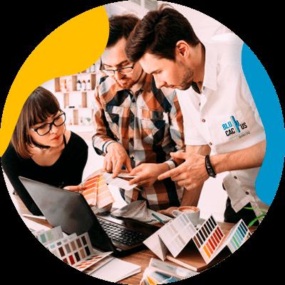 BluCactus - equipo de personas trabajando unidos