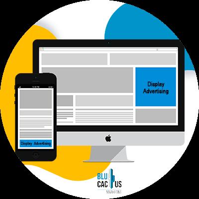 BluCactus - ¿Cómo funciona el display advertising en su negocio online?- computadora con informacion importante