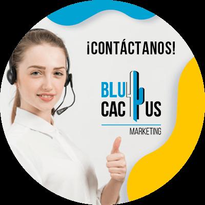 BluCactus - Marketing en redes sociales para marcas de moda - persona trabajando profesionalmente