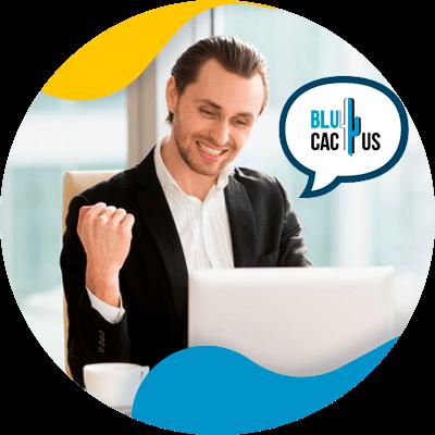 BluCactus - hombre trabajando profesionalmente