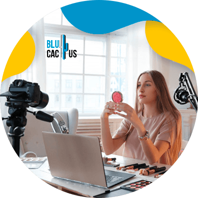 BluCactus - Vender moda en tiempos de crisis - influencer trabajando