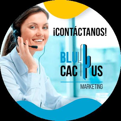 BluCactus - Estrategias SEO para sitios web dedicados a la moda - personas trabajando profesionalmente