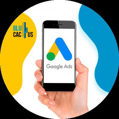 BluCactus - landing page para campañas de Google Ads - celular con informacion