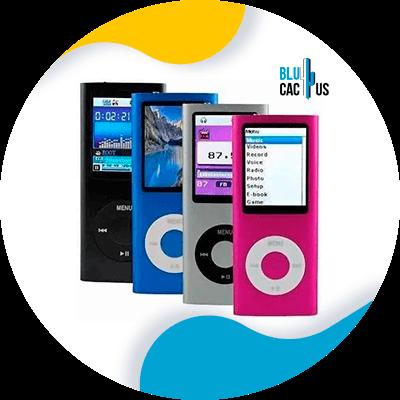 BluCactus -Maneras de generar confianza en el cliente - aparato tecnologico con informacion