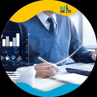 BluCactus - Marketing digital para principiantes - persona trabajando