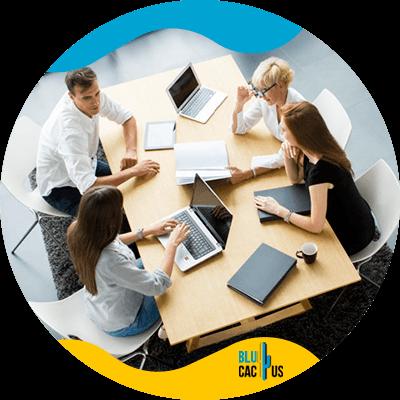 BluCactus - Personas trabajando juntas