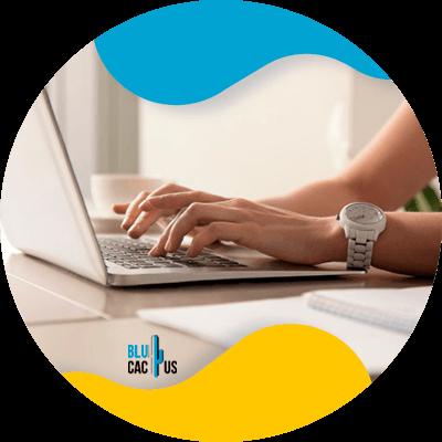 Blucactus - Cómo poner en marcha tu carrera en marketing digital - blogging