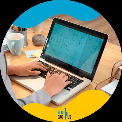 BluCactus -9. Usa un calendario de contenido, 17 maneras de ser más productivo mientras blogueas